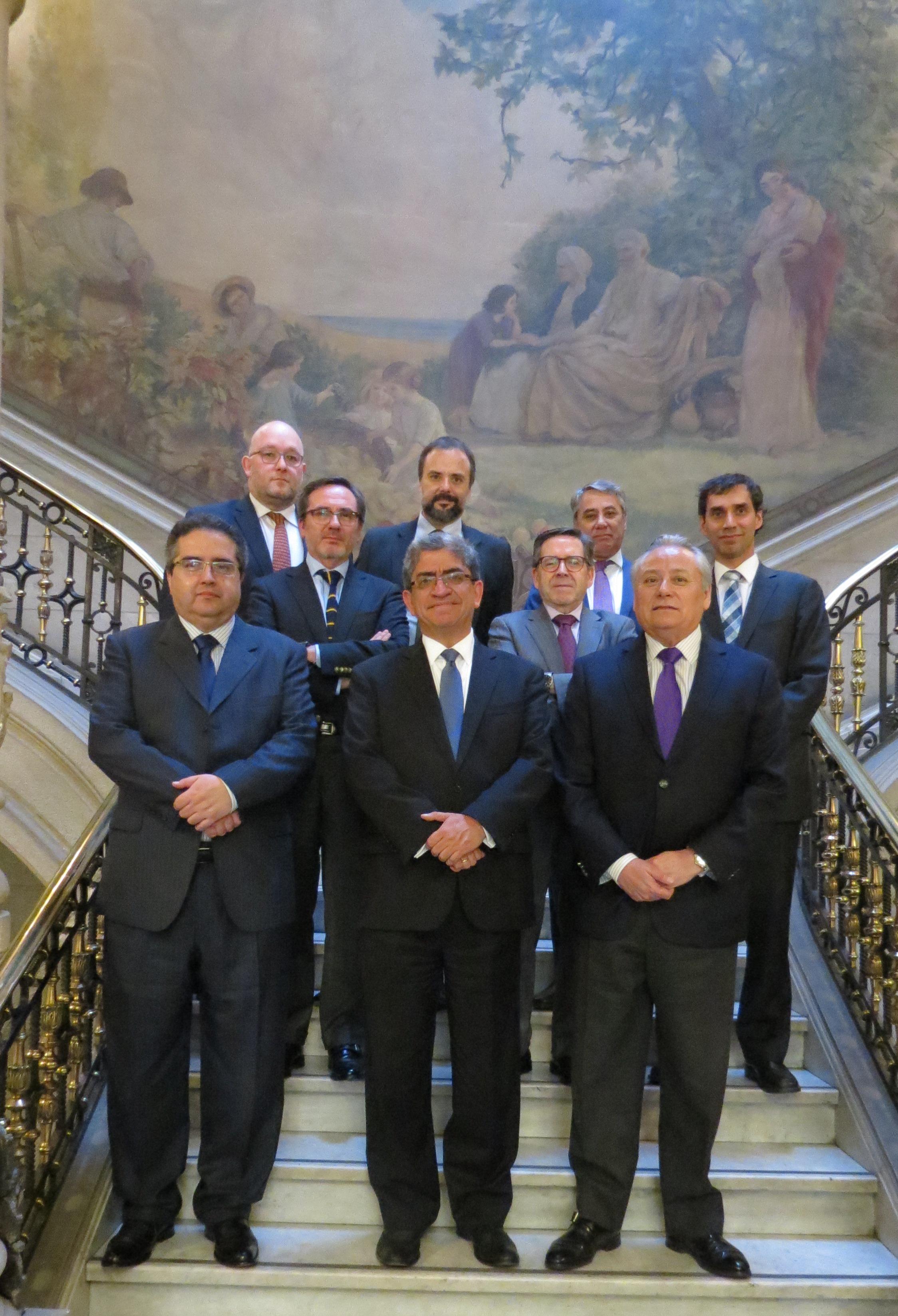 Pleno recibió al señor José Luis Sardón de Taboada, Magistrado del Tribunal Constitucional del Perú