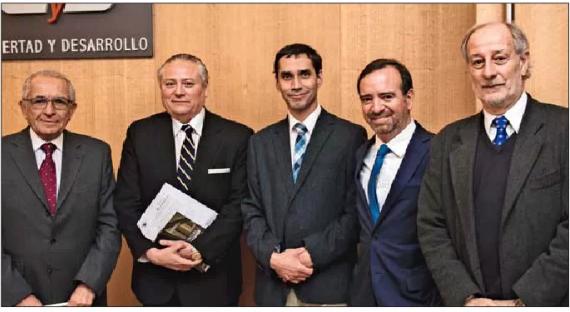 Presidente del Tribunal Constitucional presentó el XIV tomo anual de libro