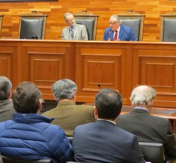Profesor Rodrigo Valenzuela Cori realiza charla en el Tribunal Constitucional