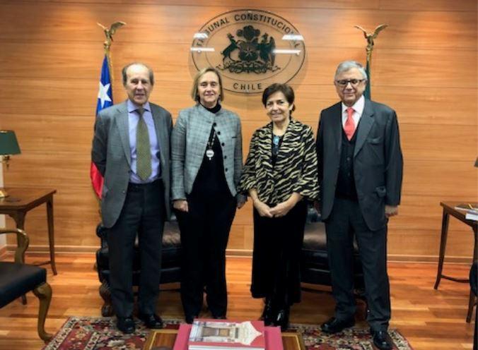 Presidenta del Tribunal Constitucional recibe en visita protocolar a la Presidenta del Colegio de Abogados de Chile A.G.